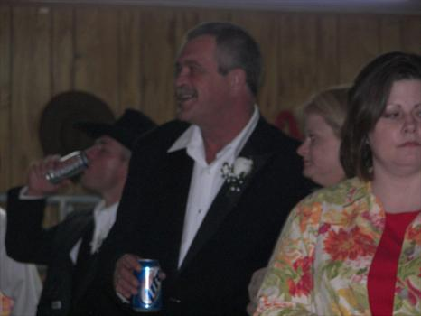 dad watchin' al cut up with all the women and me fussin' him