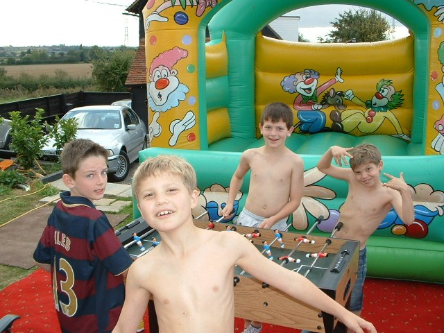 KYE'S PARTY IN THE GARDEN