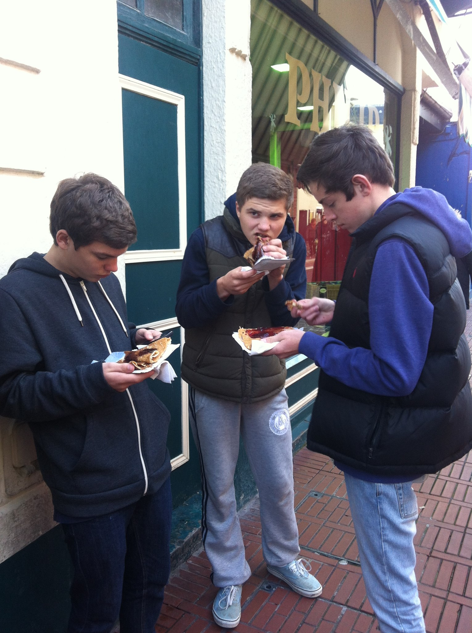 SAMPLING THE CREPE'S IN FRANCE