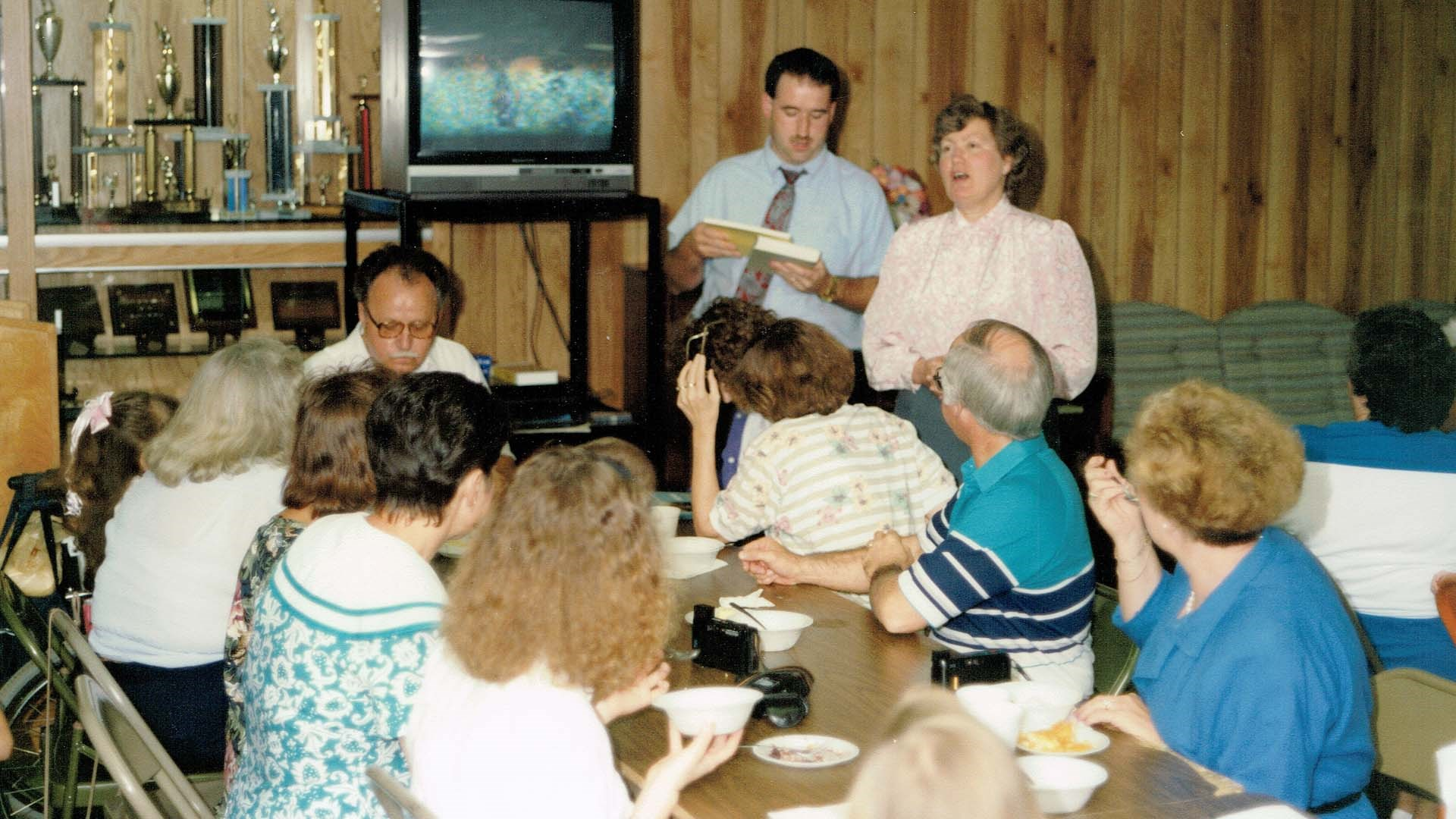 Easley Baptist Church May 1991. A teaching session over food.