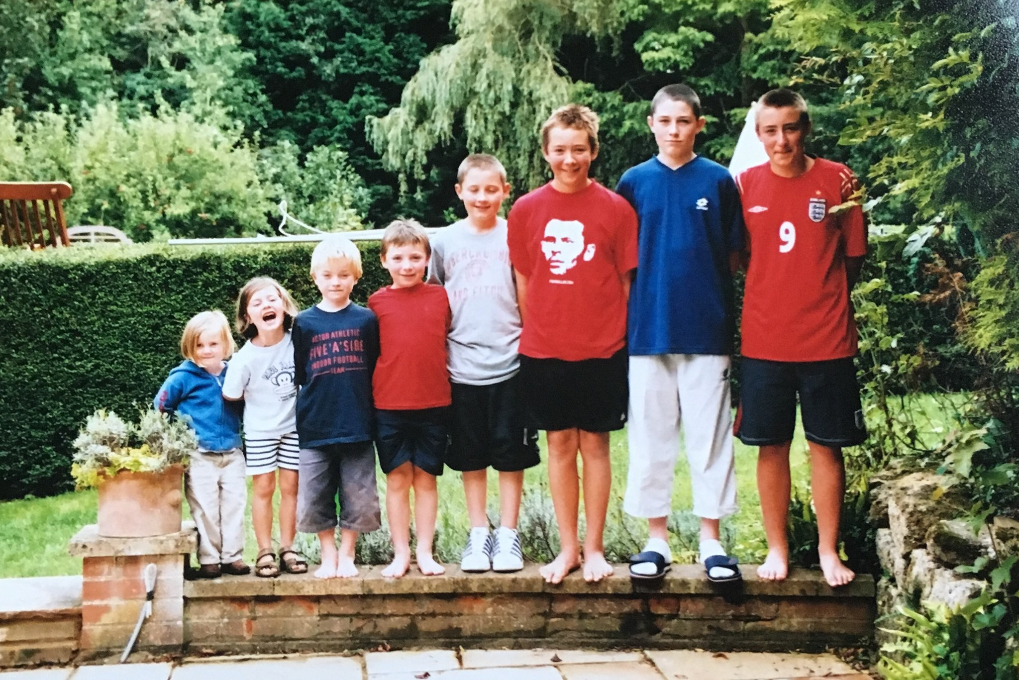 Nana's 8 grandchildren on holiday on family holiday on Isle of Wight