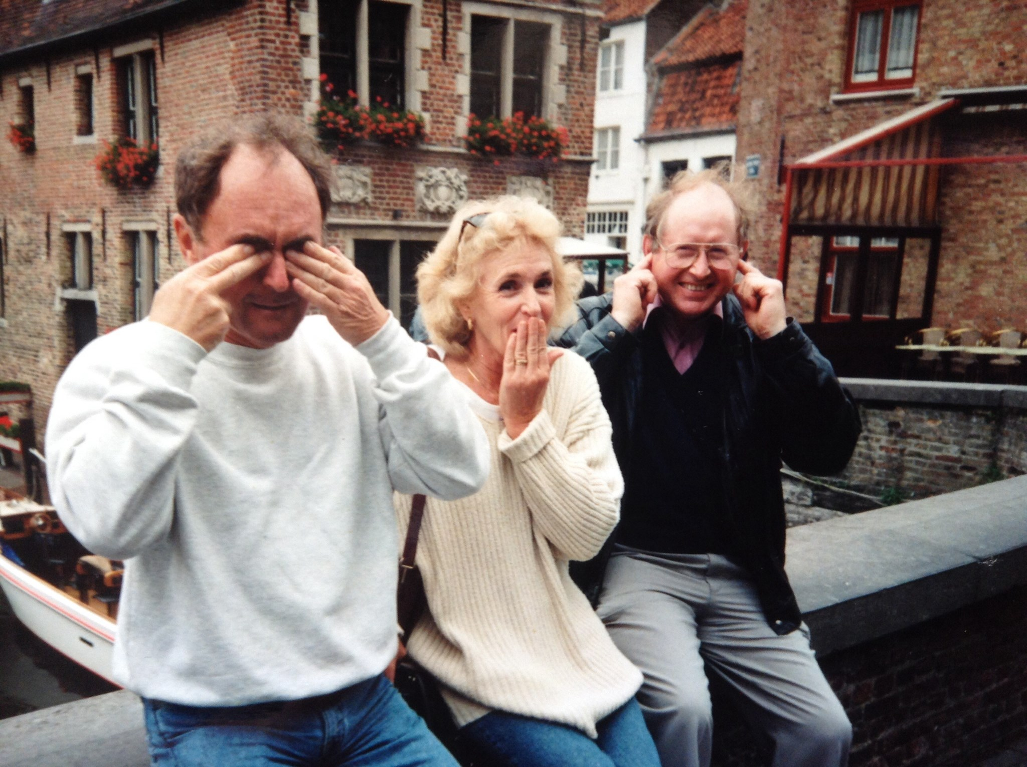 Brian June & David . The 3 wise monkeys in Bruges .