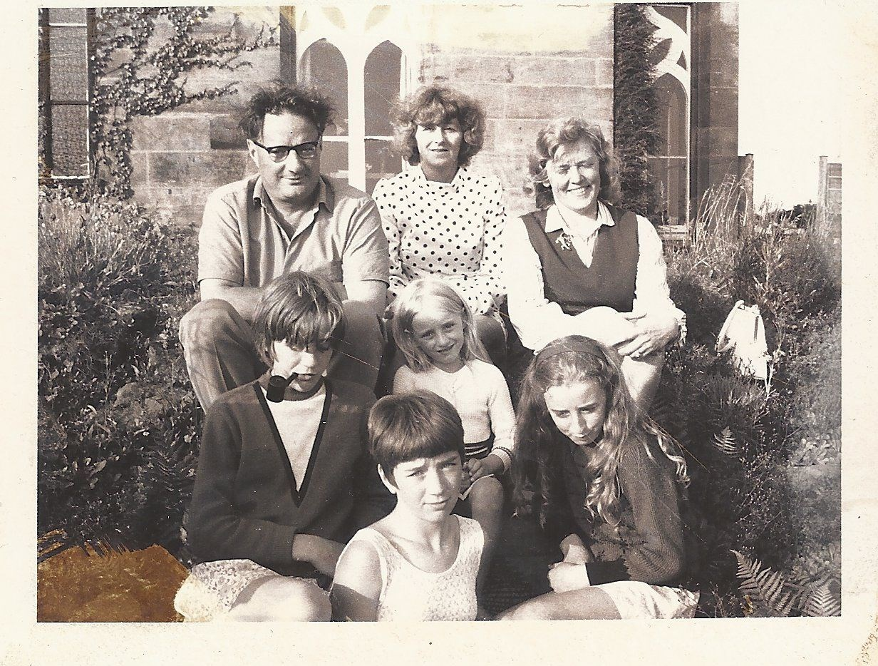 Maxine with her parents and sisters, Avis, Tracey and Delta