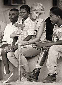 Princess Diana with landmine victims