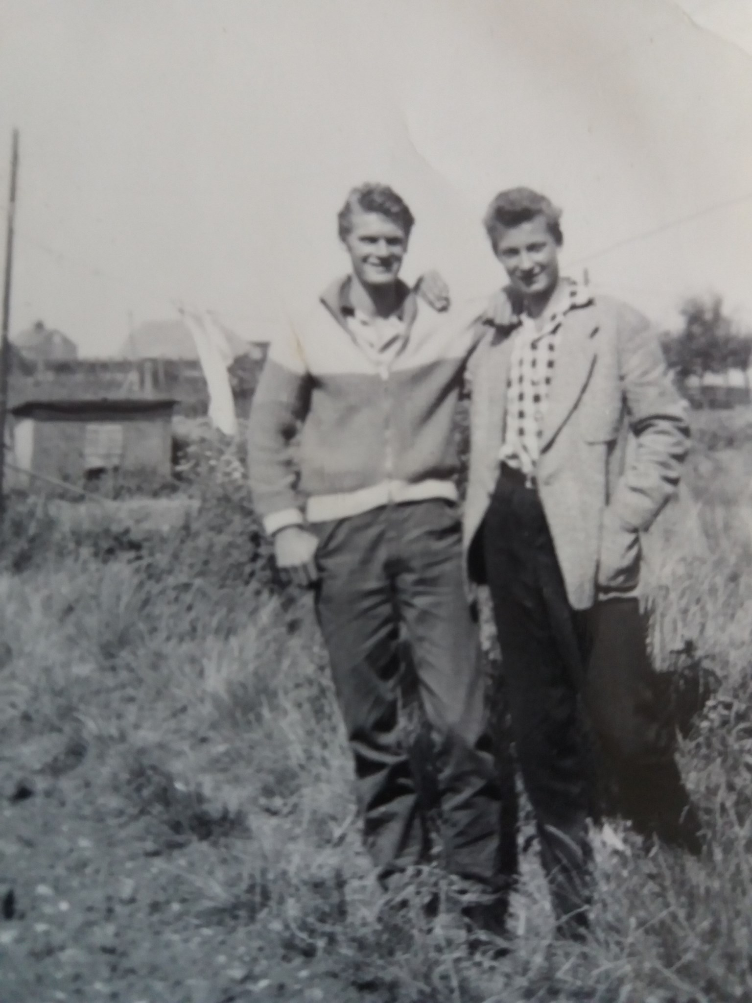 Bill with brother John at Lee-on-Solenf