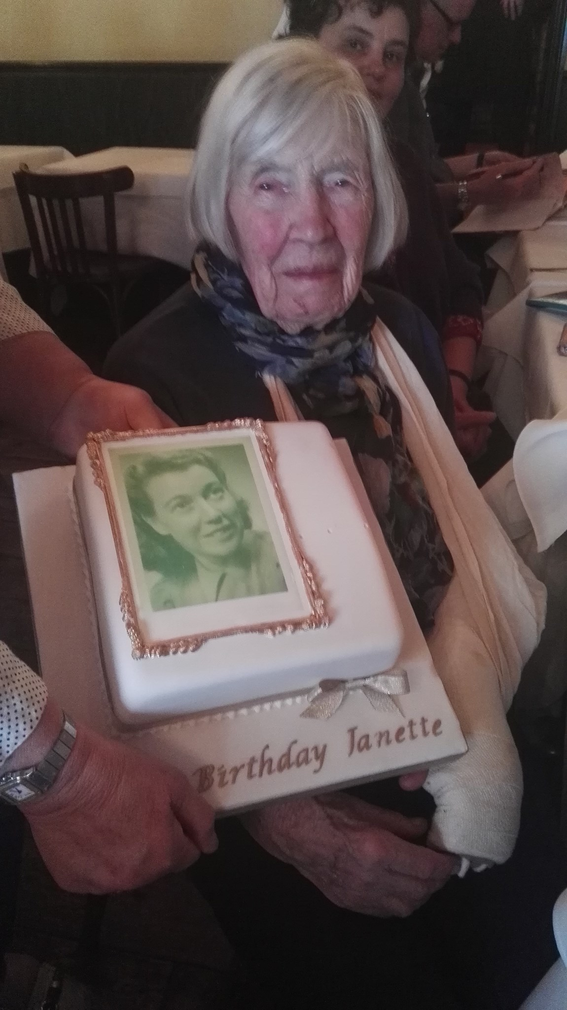 Cake at 100 years old