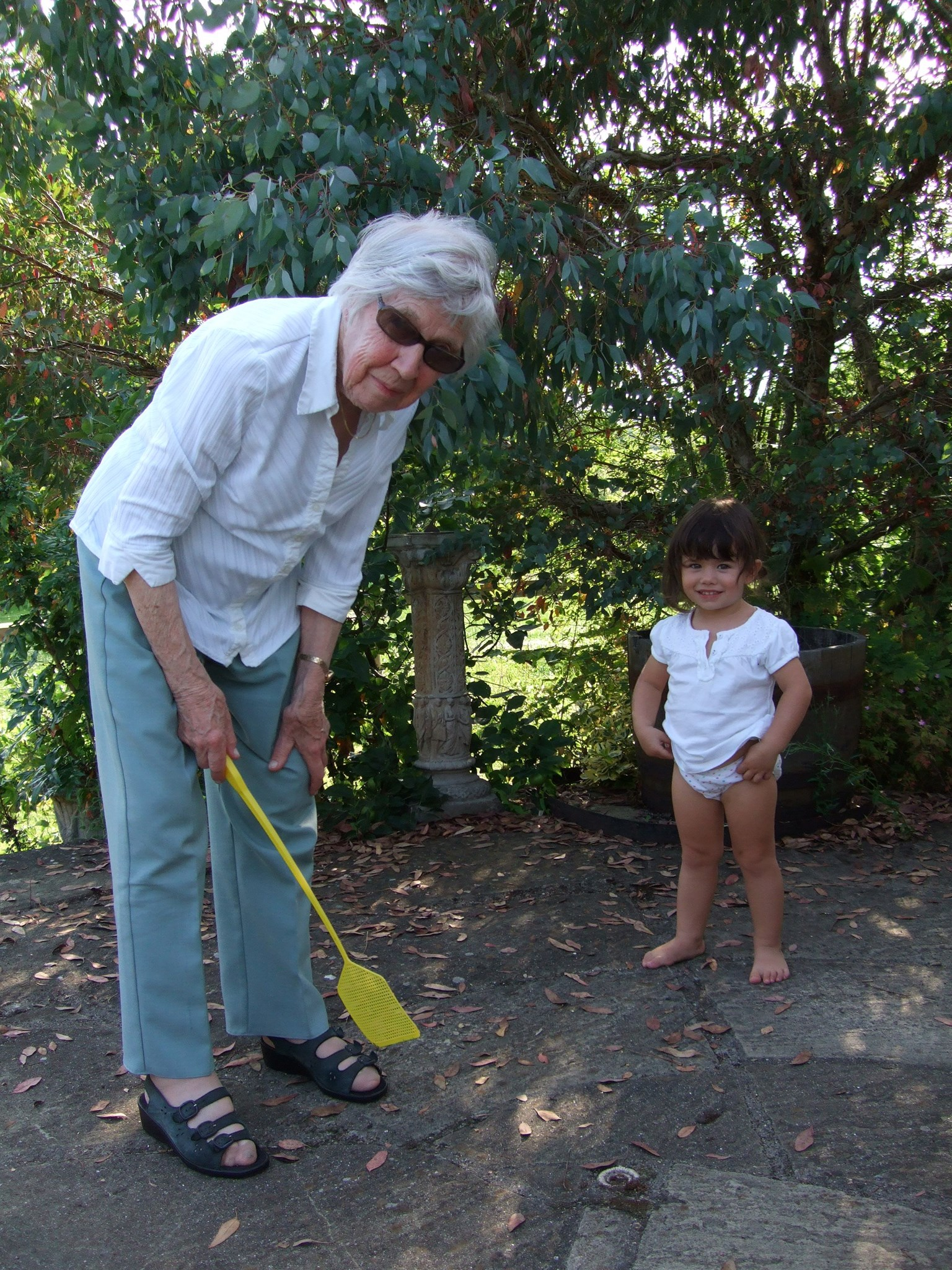 Swatting with Lucy, 2009