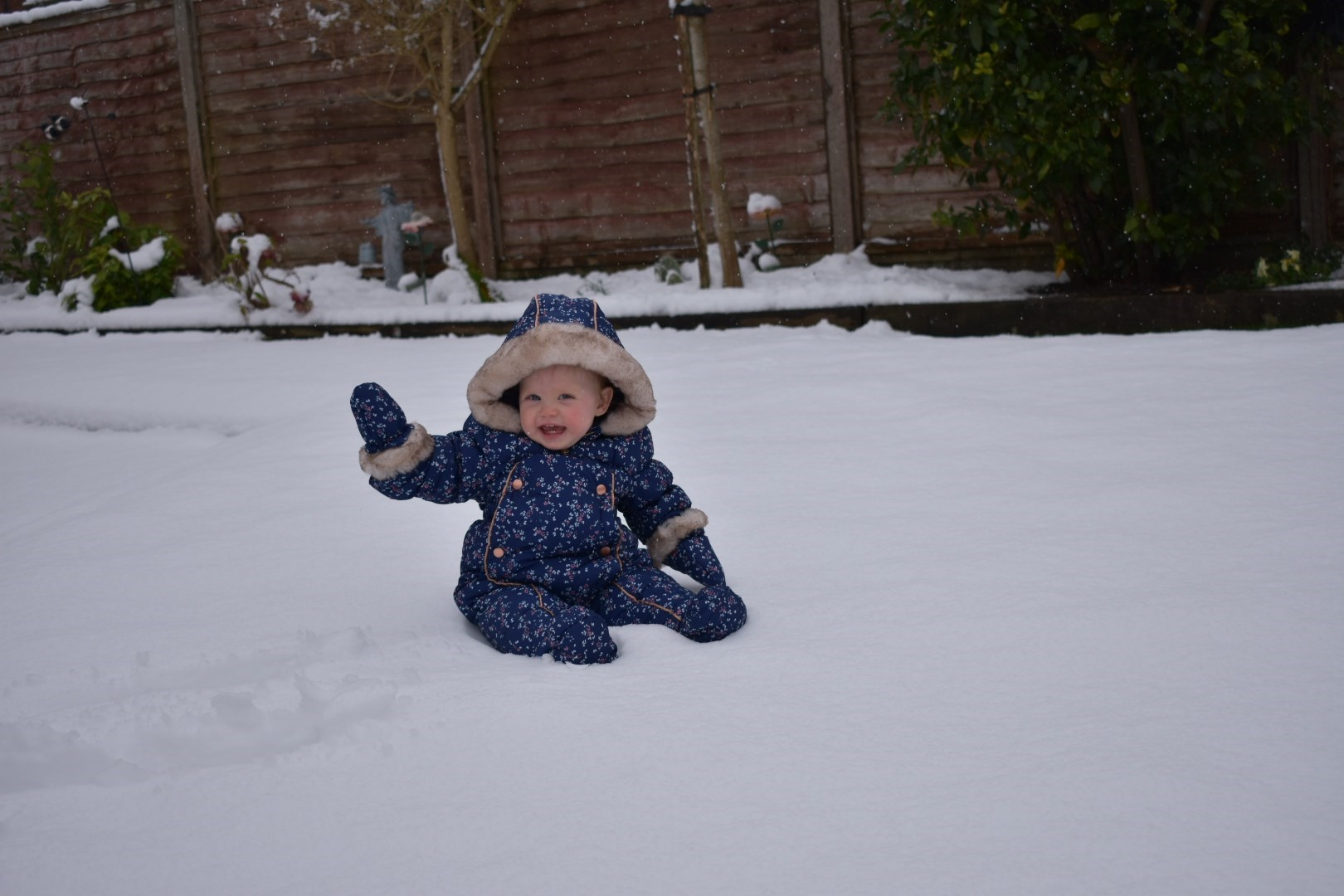 Aria loved playing in the snow!! We love you and miss you xxx