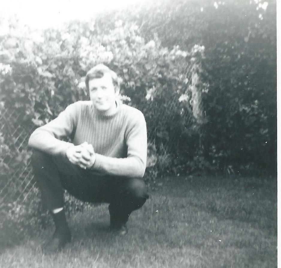Dave aged around 19. Handsome isn't he?