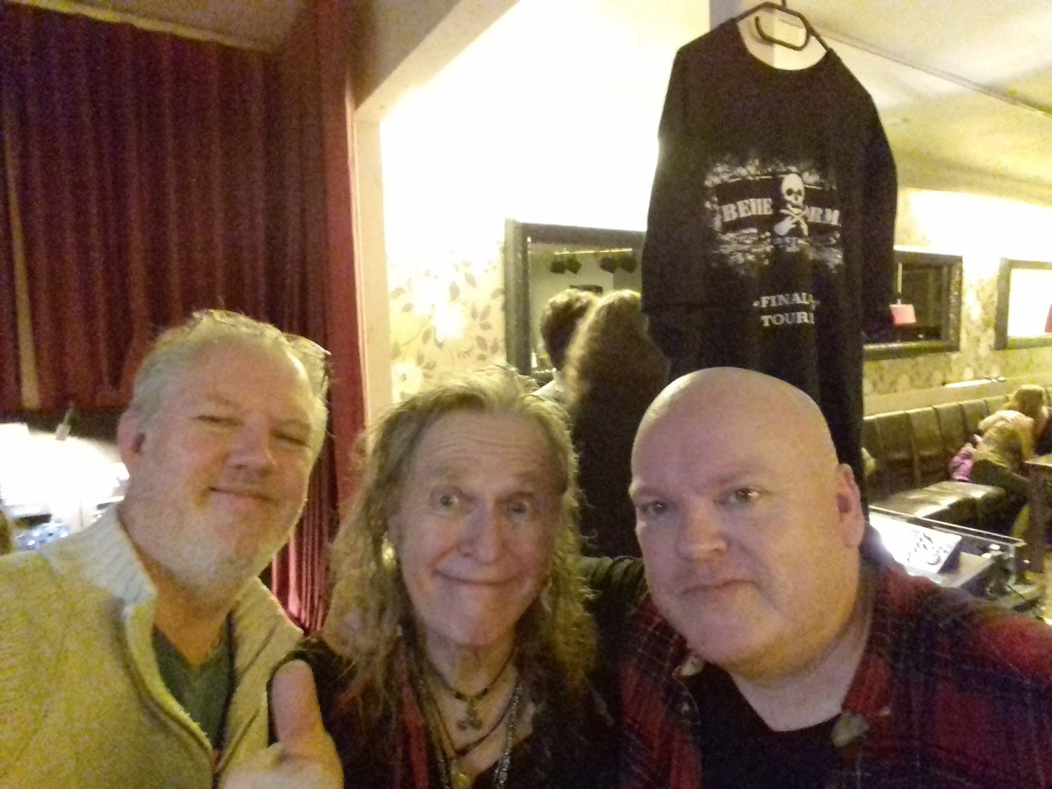 Bernie,Mike & Chris @ The Lanterns Club Folkestone Kent November 2018