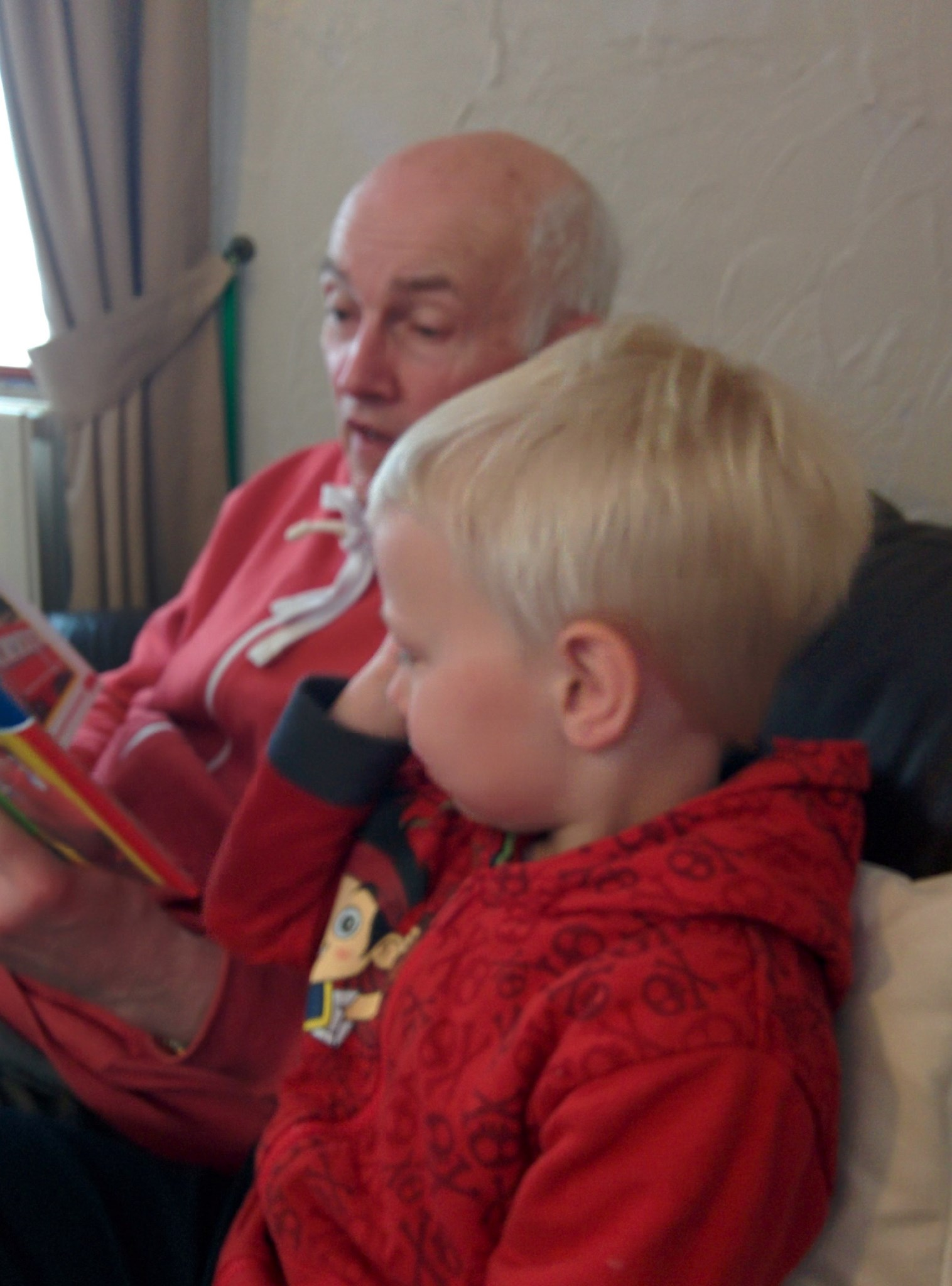 Dad reading with Noah 2014