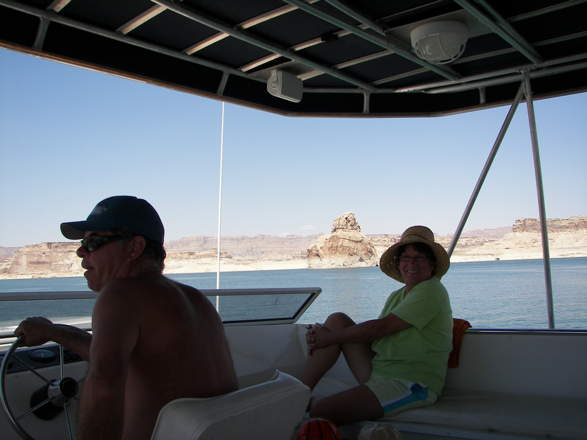 Captain Scotty and happy Patty @ Lake Powell 2009 Kim & Pat