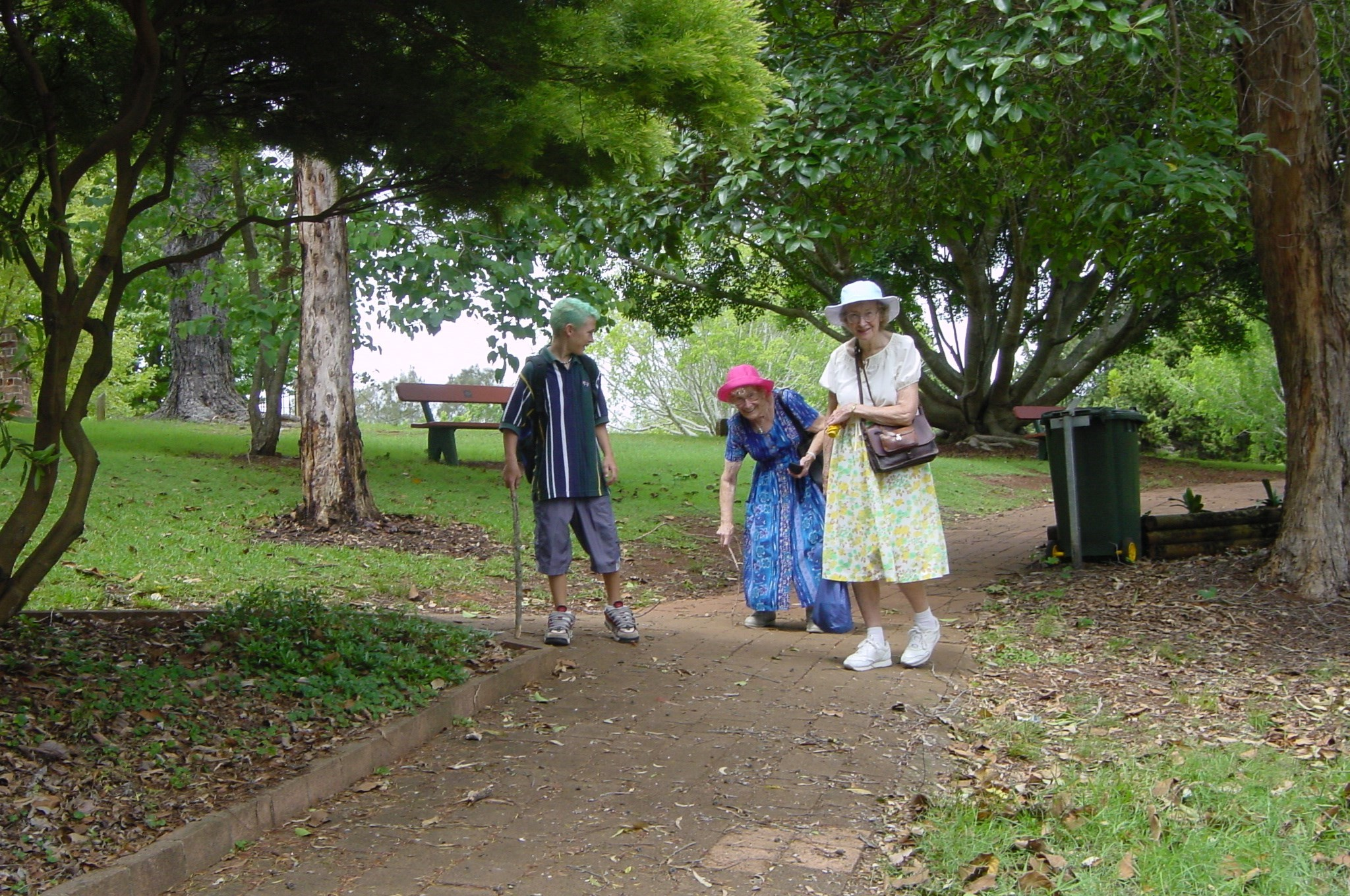 Davey, Millie pretending to be old, and Vera - in Port Macquarie