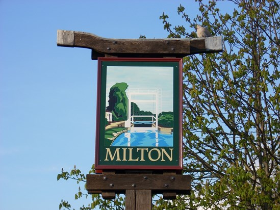 Milton village sign