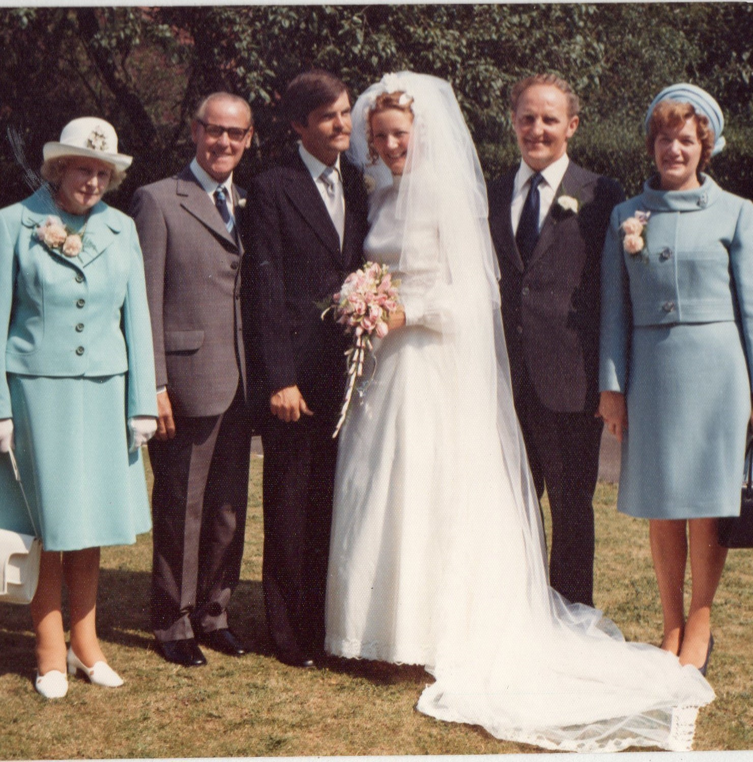 Julian & Margaret's wedding day