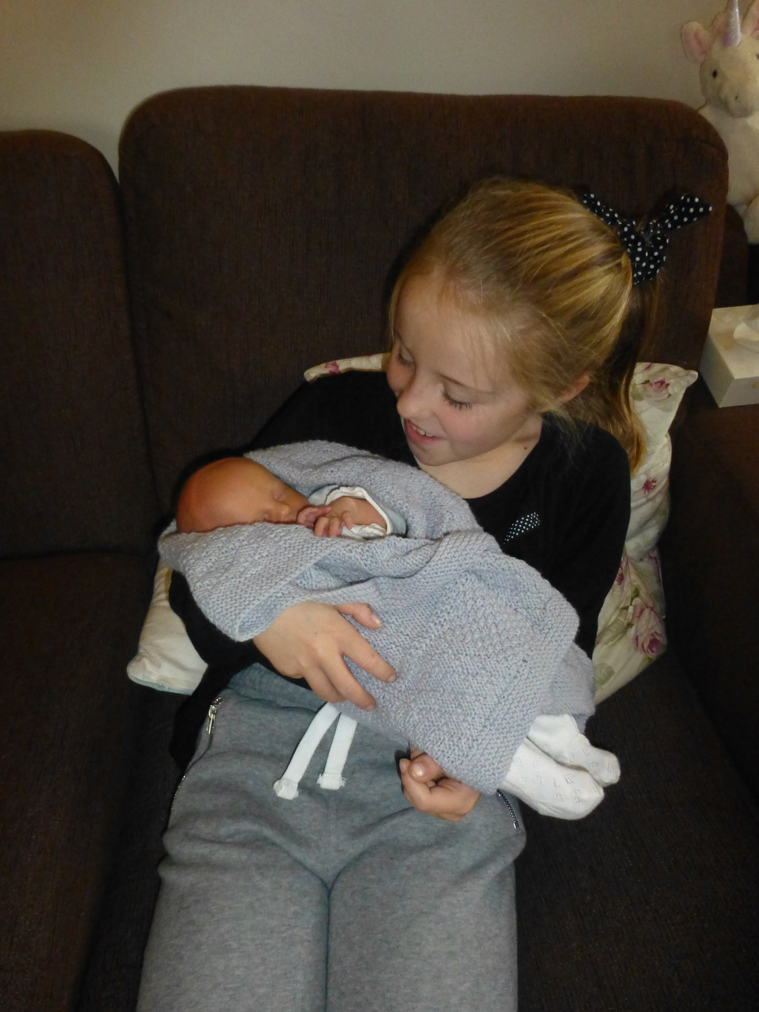 Elizabeth meeting her youngest cousin Matilda. Elizabeth was so woried how to hold her as she was so small but she did a brilliant job of cuddling. A memory we will treasure forever xXx