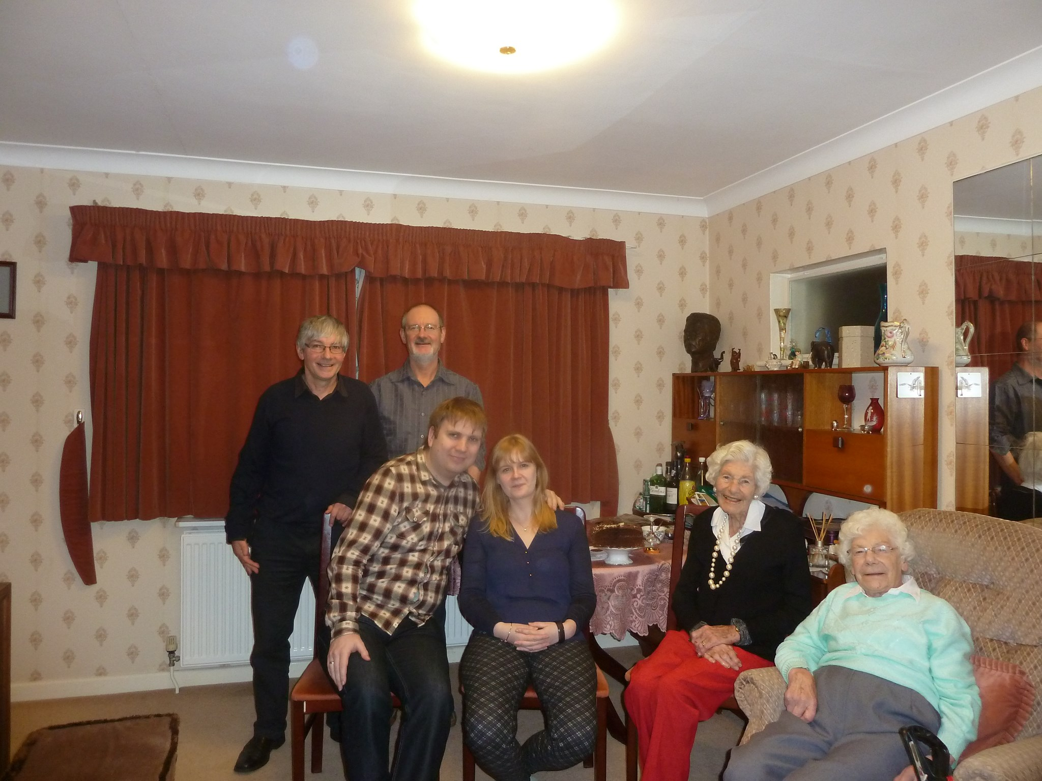 2016-01-23 Mum's 91st birthday at home