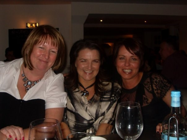 Oct 2008 - My 40th Birthday - with Kim and Lisa