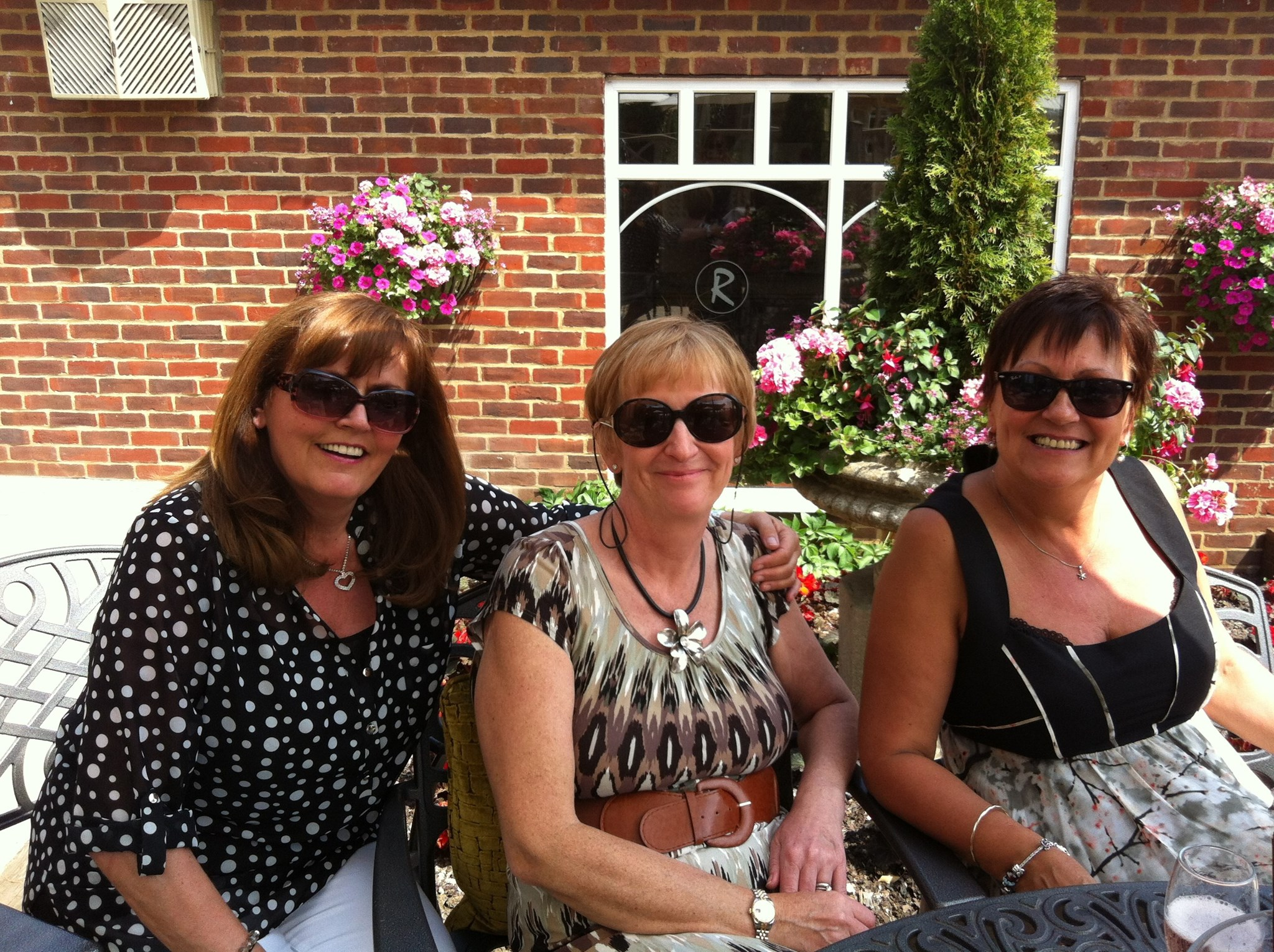 Lovely afternoon with Kim and Jen in Brentwood