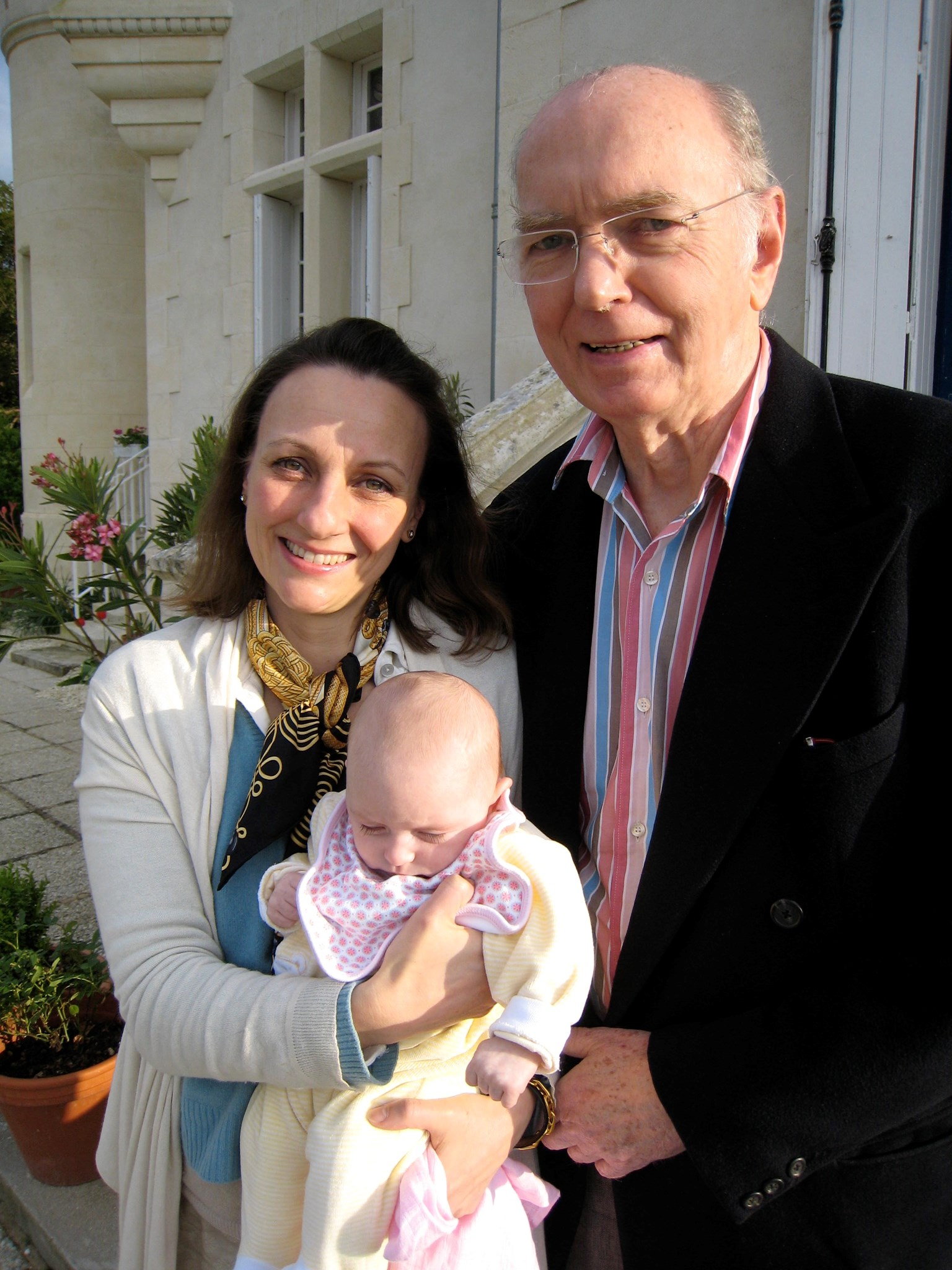 With Moira and Kitty celebrating Kitty's first Easter at Chateau Péré