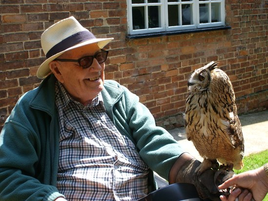 Two Wise Old Owls