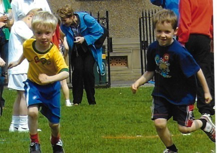 Calvin & Rory - Royal High Primary sports day 2007