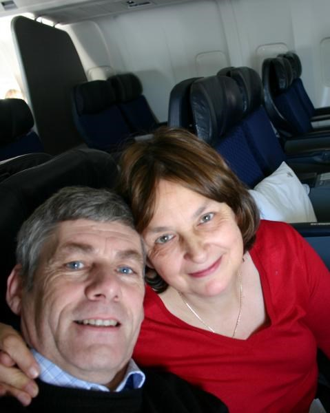 Gill & Andrew off to Chicago - Dec. 2005