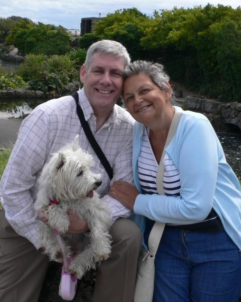 Gill, Andrew & Rosie - St Annes - Aug. 2011