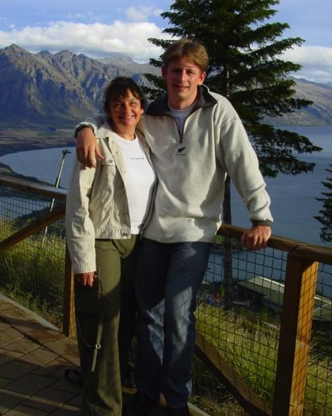 Gill and Peter in New Zealand - Jan. 2004