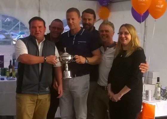 winning team retaining the cup after a few ales 2014