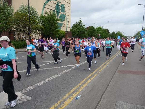 Nat running the Manchester 10k 2009