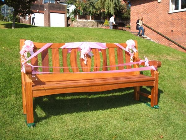 This bench was donated by the Bellingham Tennis Club in memory of my late wife Anne Dawson