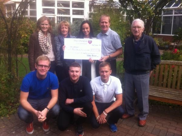 Cheque presentation ( 11/10/2014) from the Summer Ball