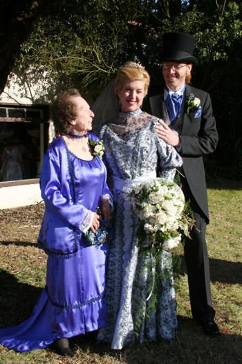 At the wedding of her daughter Cat Taylor to Peter Overstreet