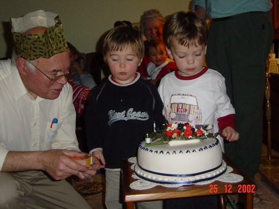 2002 12 Father's Birthday Cake with William & Wilfrid