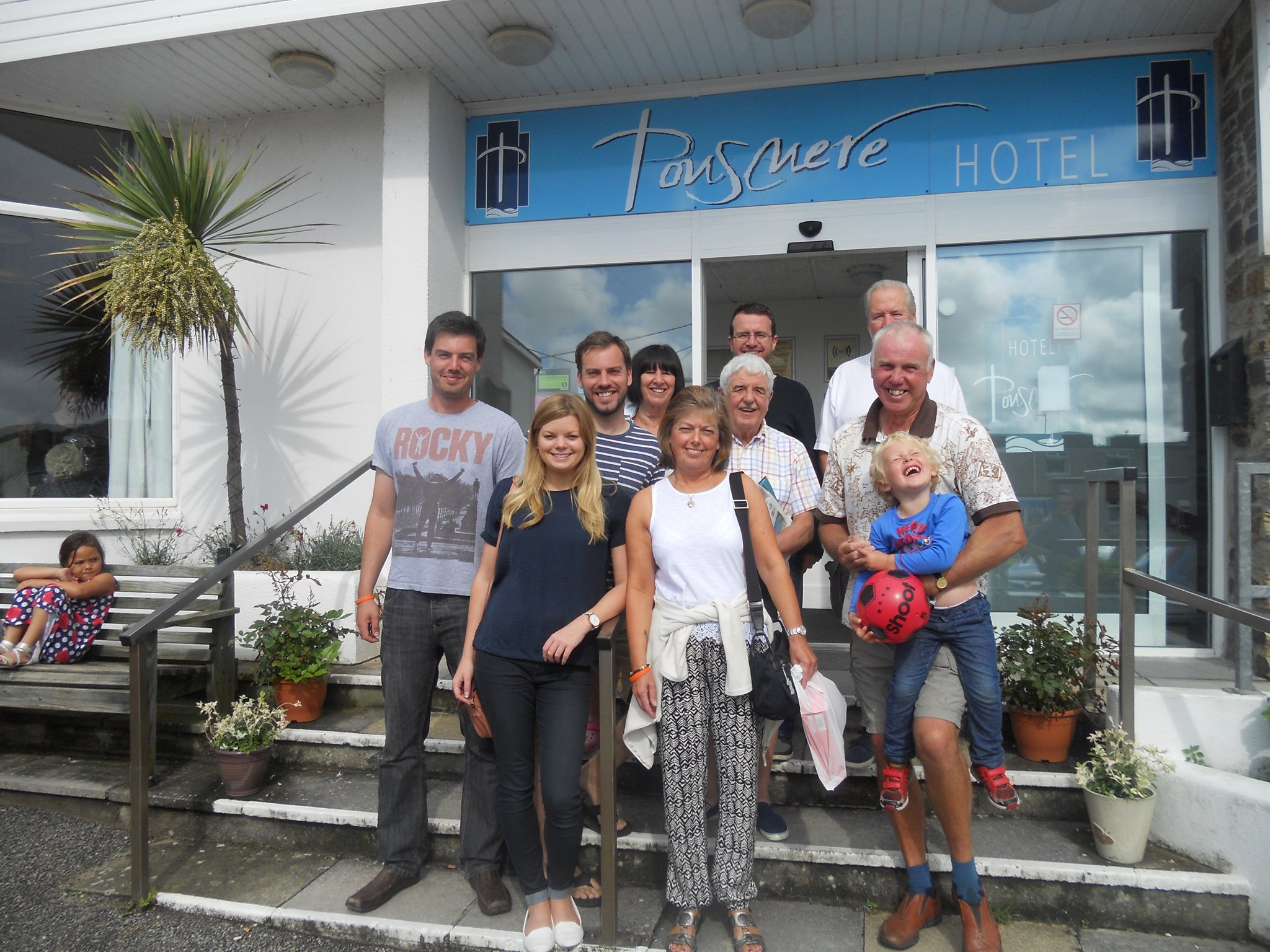 The group outside The Ponsmere Hotel