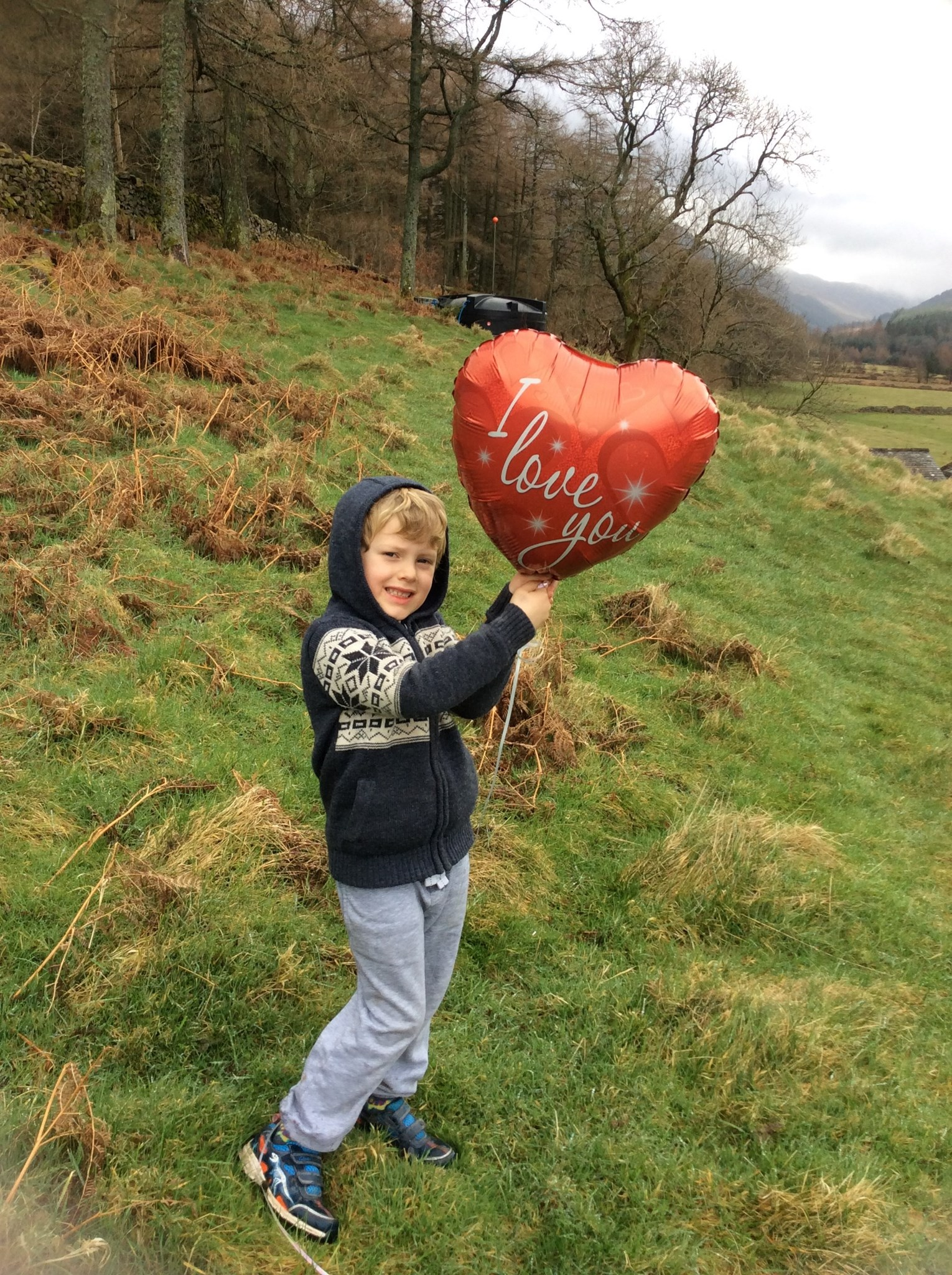 Jack sending the balloon up to Mummy from Gillerthwaite