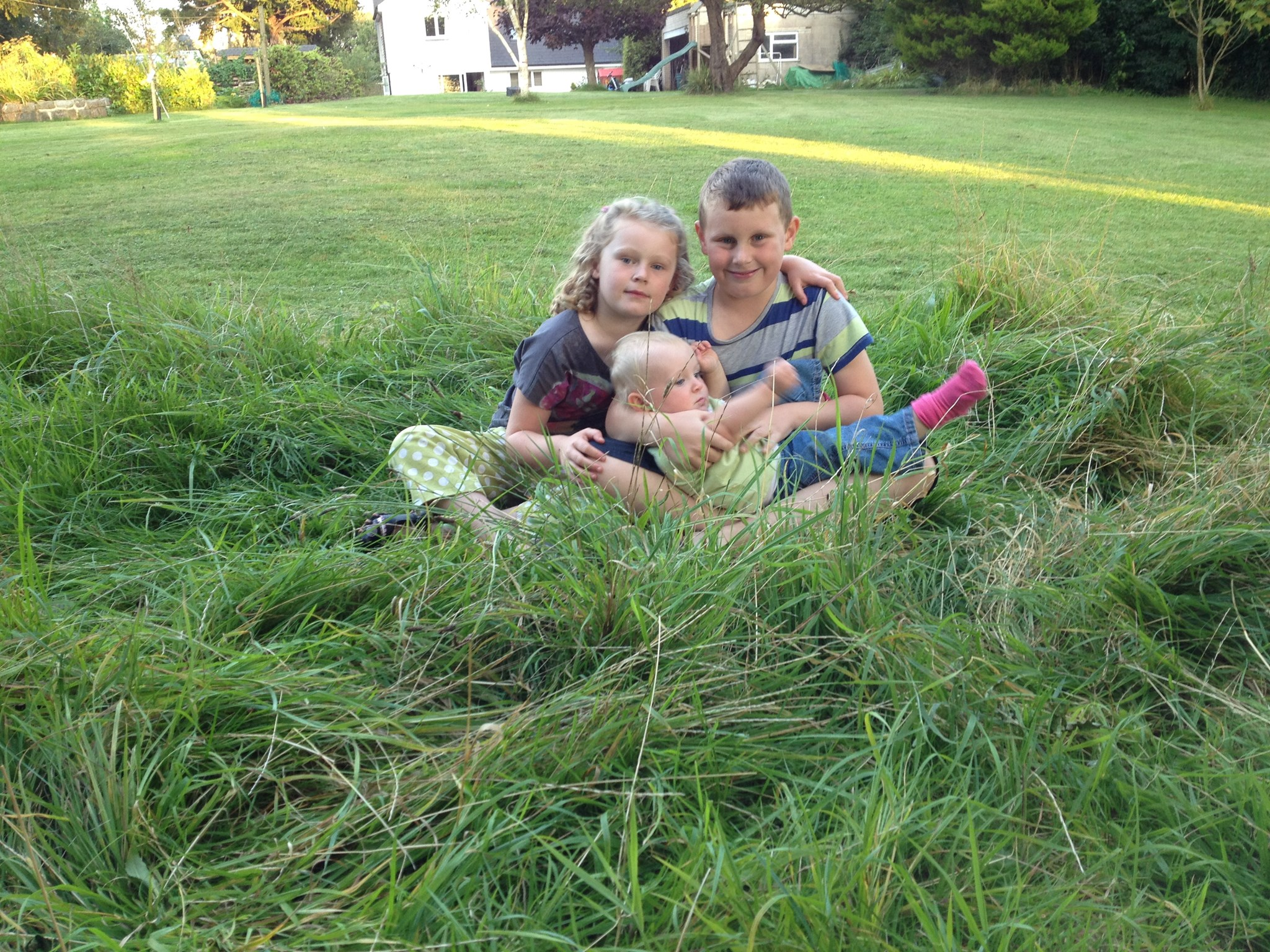 Harry, Jess & Izzy Yew Tree Cottage August 2014