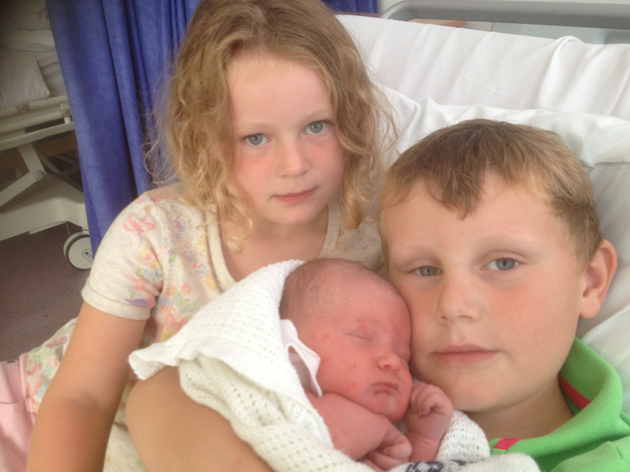 Harry, Jess & Izzy (1 day old)