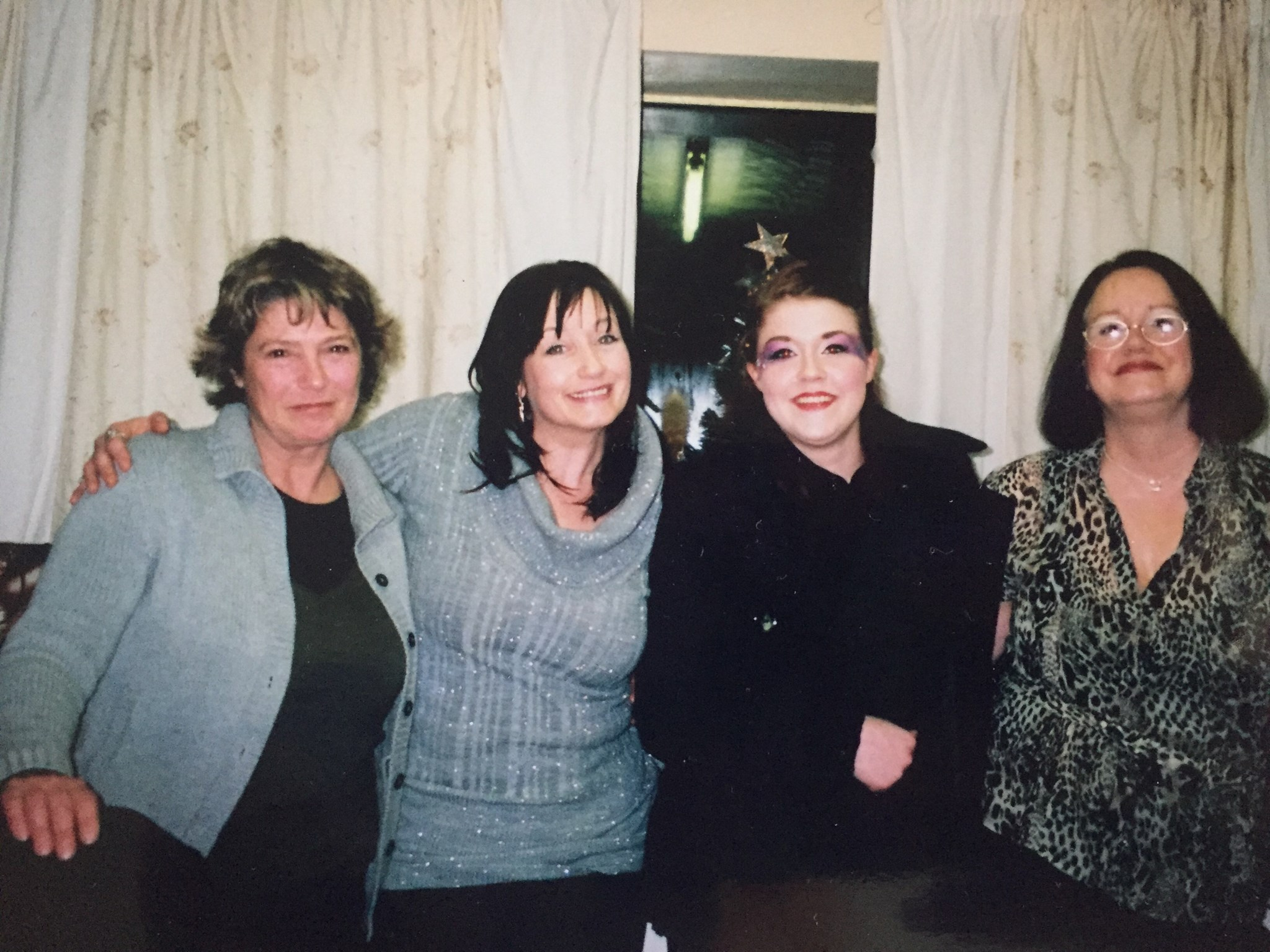Auntie carol ?? With sisters and niece