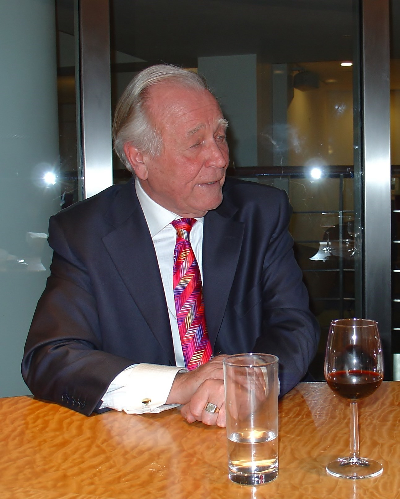 Hughie at the 3rd annual Loud Tie Competition in 2006. Immaculate as always!