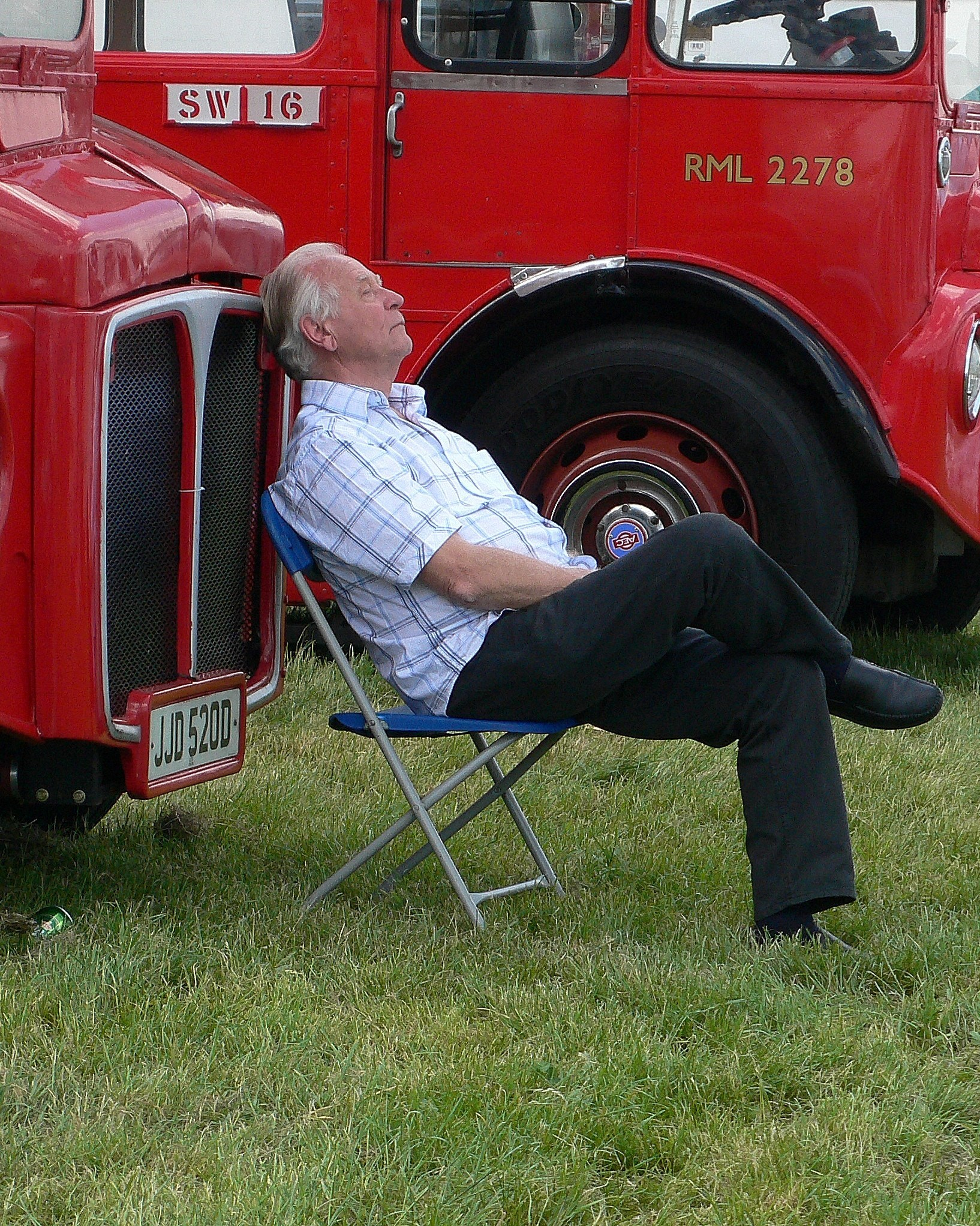 A well earned nap after the running of the 2007 Derby.
