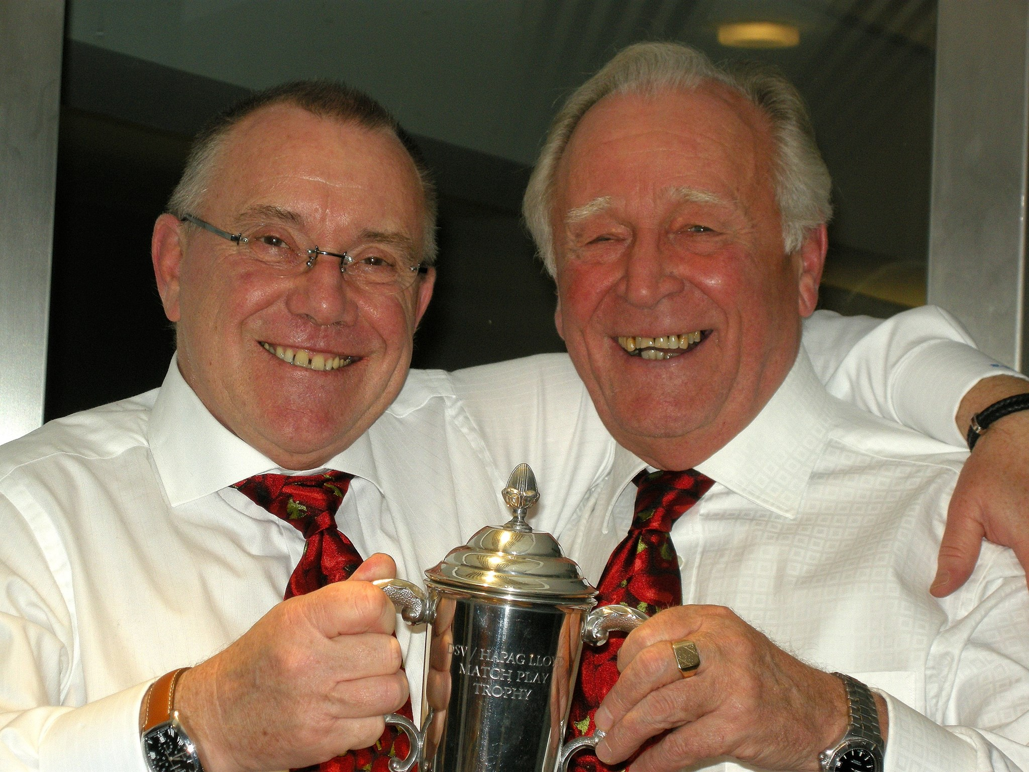 Graham & Hughie receiving a shipping line Golf trophy on a club night in 2008.