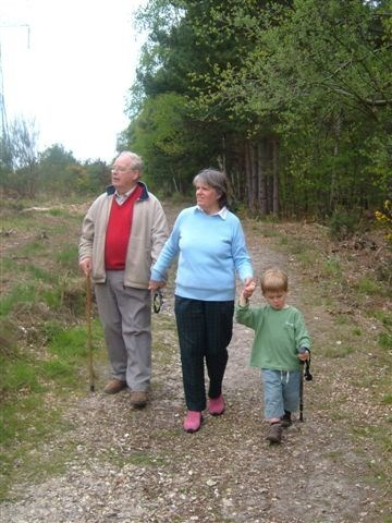 walk in Thibet Wood with Sandra and Josh
