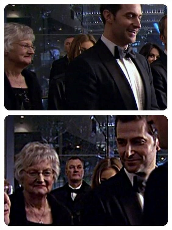 Richard Armitage and Mum   Margaret Armitage   Hobbit Premier in London