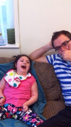 Uncle James sneezing for me to make me giggle xx