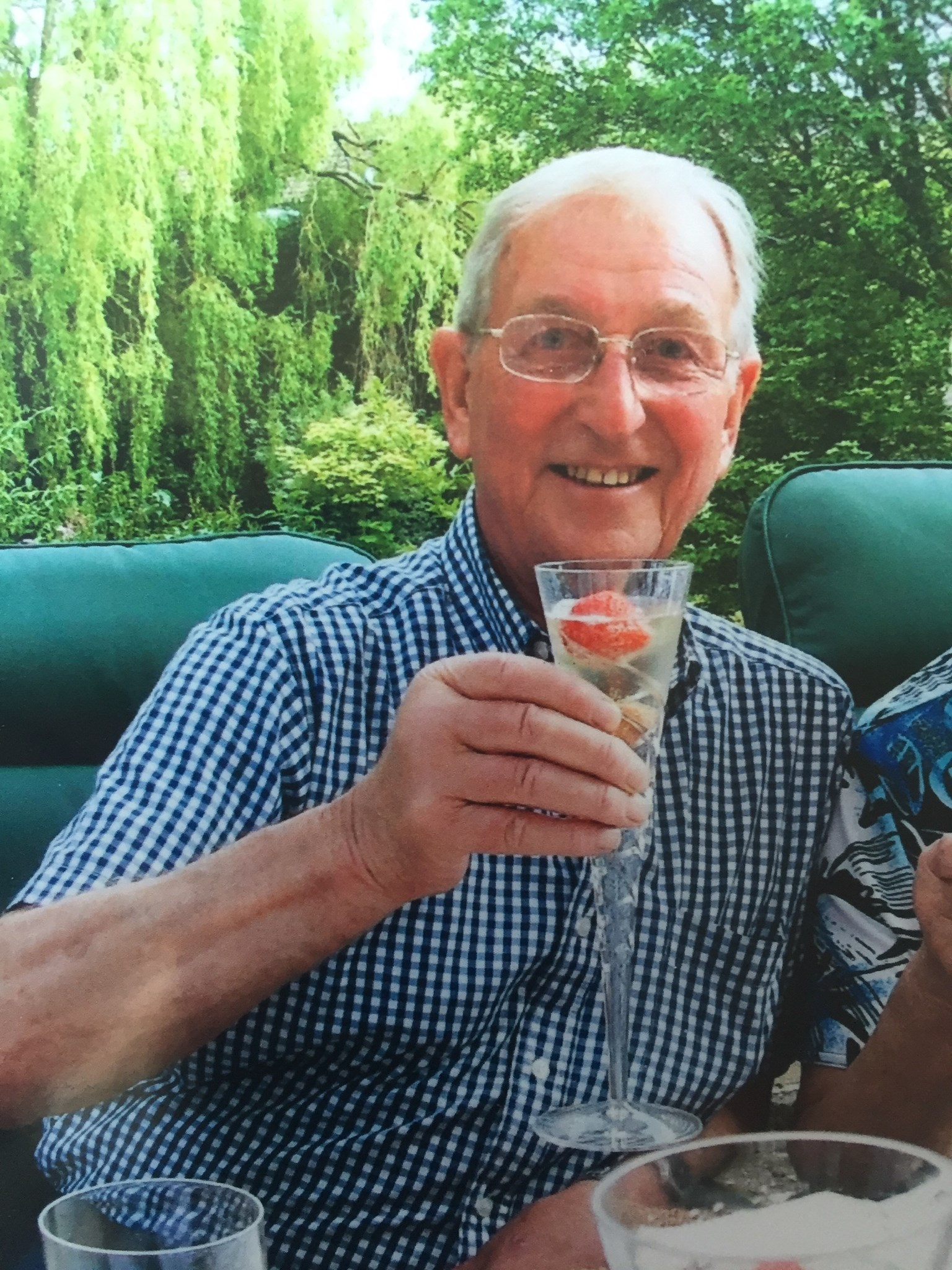 Happy Days remembered - today on your Birthday Dad  and always.  xxx