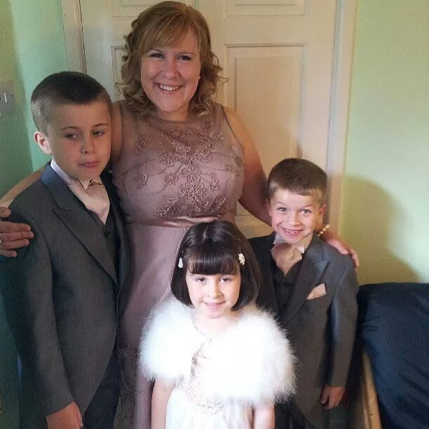 Michelle wirh James, Dylan and Megan all looking fab for her brothers wedding!!