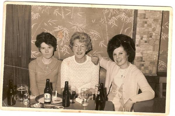 Mum sporting some fabulous back combing (far right)