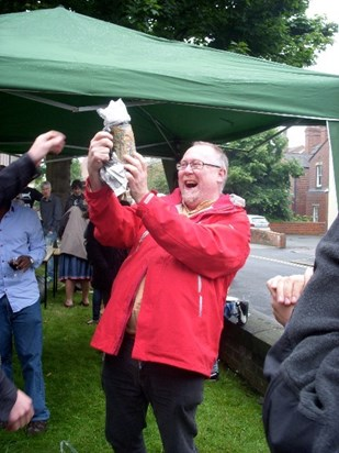 ITs Sumemr BBQ 2012: Jeremy's excitement when he realised that the beer stein the MA Class got him as a present had trains on it!